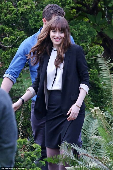 fifty shades of grey actors together fifty shades darker s jamie dornan and dakota johnson play
