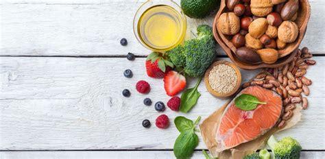 alimentazione per abbassare il colesterolo 10 alimenti che aiutano la dieta per abbassare il