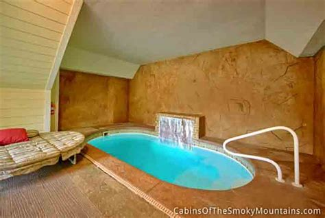 gatlinburg cabin pools rush inn 1 bedroom sleeps 4