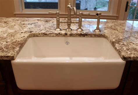 undermount farmhouse apron sink for the home
