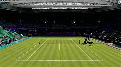what is the difference between clay grass and hard court
