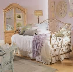 vintage bedroom decorating ideas bedroom glamor ideas vintage retro style bedroom glamor ideas