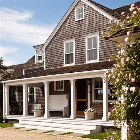 traditional home style nantucket summer home traditional home