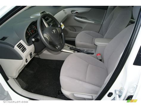 the gallery for gt toyota corolla 2012 interior