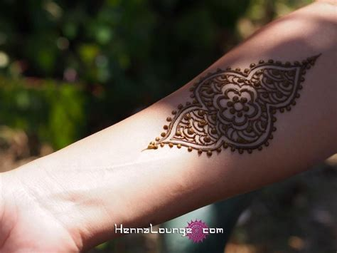 henna tattoo paint 1000 ideas about henna ankle on henna henna
