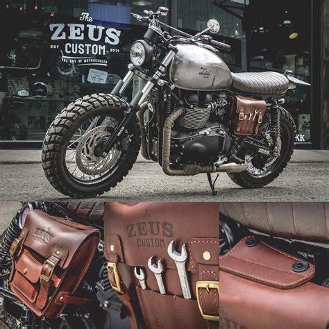 Triumph Motorrad Instagram by Triumph Mad Max Scrambler With Side Box Packer By Zeus