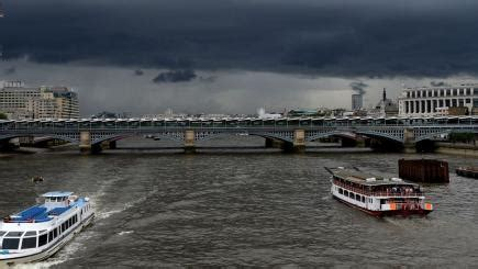 thunderstorms could bring flooding to parts of britain bt