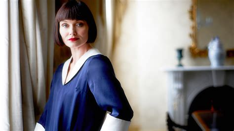 murder on a midsummer miss fisher s murder mysteries books how miss fisher s murder mysteries captures the roaring