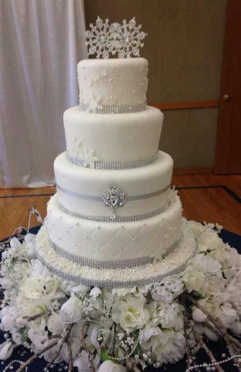 Hochzeitstorte Winter by Winter Wedding Cake 12 13 14