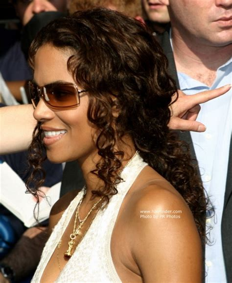 back view of halle berry hair back view of halle berrys hair short hairstyle 2013