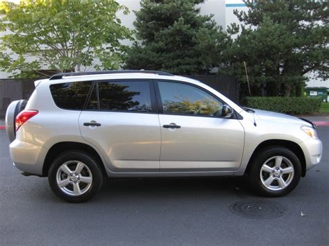 4 cylinder suv with 3rd row seating 2007 toyota rav4 4wd 4 cyl auto 7 passengers 3rd row