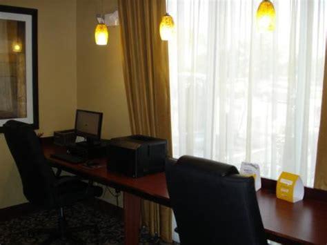Comfort Inn Mccoy Rd Orlando Fl Comfort Suites Orlando Airport 146 Fotos Compara 231 227 O De