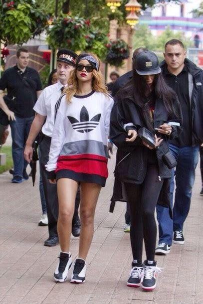 Reyn Shop Blouse Mimi Top Navy sweater adidas white black rihanna hair