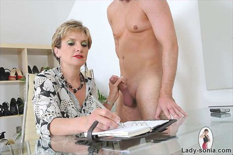 Picture Cfnm Mature Teasing Naked Stud By Lady Sonia Bdsm Queens