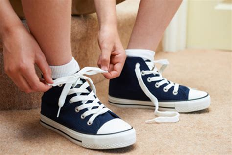 wearing shoes 3 reasons why you should never wear shoes in your house