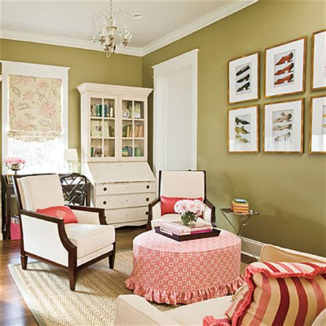 southern home decorating ideas living room decorating ideas showcase antiques 102