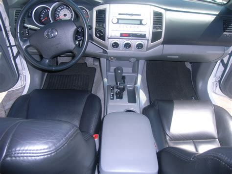 Toyota Tacoma Cab Interior by 2007 Toyota Tacoma Interior Pictures Cargurus