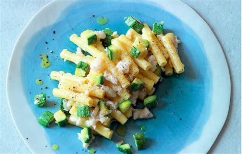 candele pasta ricette ricetta candele merluzzo zucchine e pecorino le