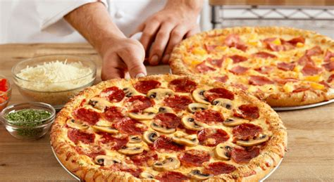 domino pizza instagram from dough to door dominos pizza joins snapchat wersm