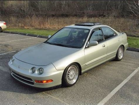 used acura integra 96 by owner in new york 2000