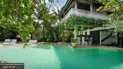 5 bedroom villa bali seminyak villa jempiring in seminyak bali 5 bedrooms best price reviews