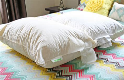 Wash Feather Pillows by How To Clean Feather Pillows Rhapsody In Rooms