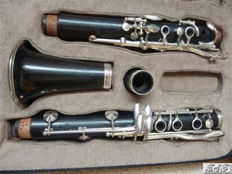 buffet r13 a clarinet in double case item mi 100919 for