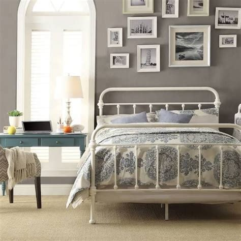 vintage style metal bed frame best 25 white iron beds ideas on iron bed