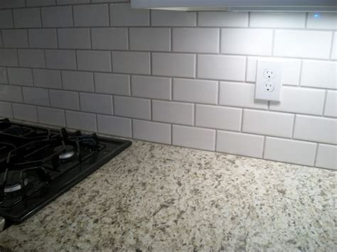 ornamental white granite with white cabinets 262 best images about kitchen on grey subway
