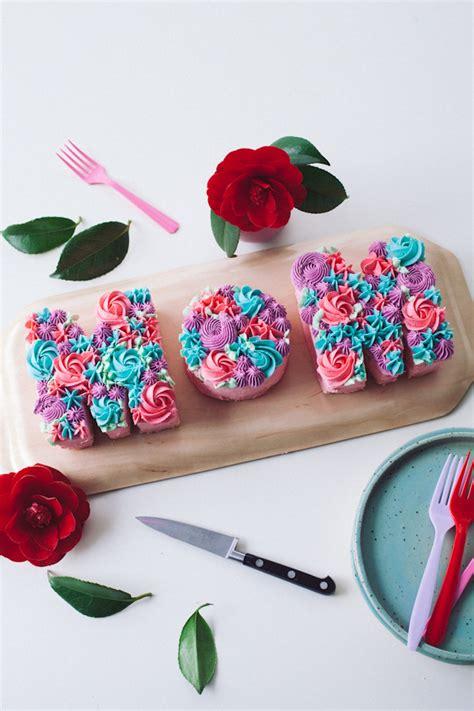 typography flower tutorial mom buttercream flower typography cake tutorial by coco