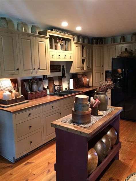 primitive kitchen cabinets 25 best ideas about primitive kitchen decor on pinterest