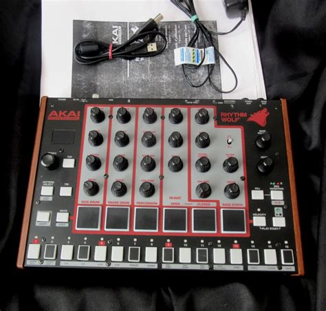 rhythm wolf drum machine akai rhythm wolf analoge drum machine and bass synthesizer