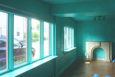 maler ideen wohnzimmer wohnzimmer maler ideen t 252 rkis farbe surfinser