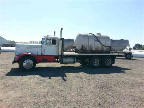 kenworth needlenoose  daycab semi trucks