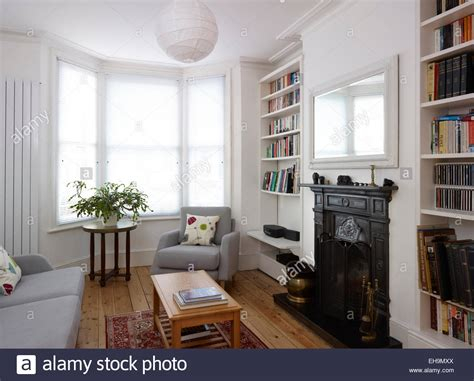 Decorating Living Room With Bay Window And Fireplace Sitting Room With Bay Window And Fireplace Residential