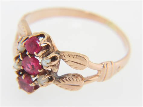 vintage antique ruby pearl leaf design ring in 14k