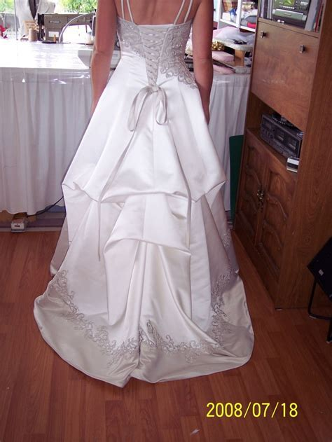 17 best wedding dress bustle images on Pinterest   Bridal
