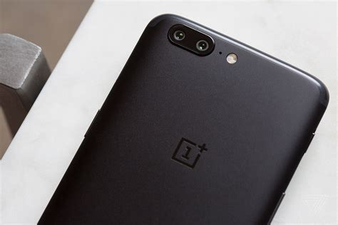 one plus one phone oneplus 5 review the me phone the verge