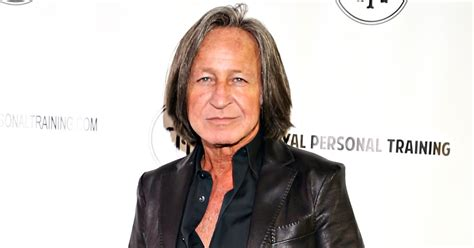 how tall is mohamad hadid irealhousewives the 411 on american international real