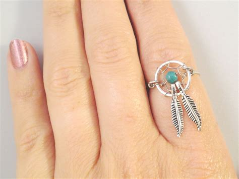 catcher ring with feathers