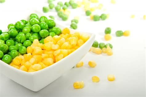 alimenti non digeriti nelle feci cosa provoca la comparsa di cibo non digerito nelle feci