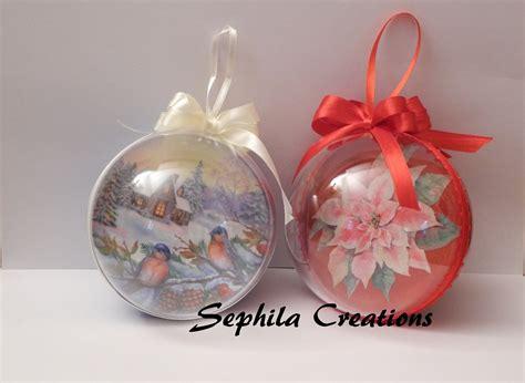 tutorial decoupage natalizio tutorial decoupage e glitter su sfera di plastica