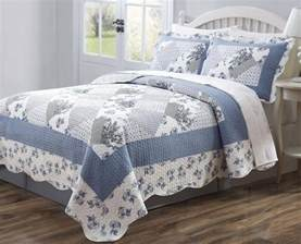 Quilts Coverlets Bedspreads Best Blue Quilts And Coverlets Ease Bedding With Style