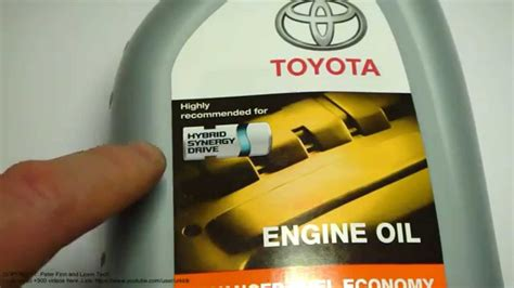 what is toyota what is excellent engine oil for toyota hybrid cars like