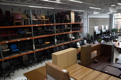 Kenosha Furniture Stores by Used Discount New Office Furniture Milwaukee Closeout