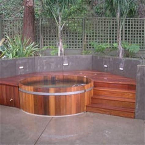 Bathtubs Winnipeg by Northern Lights Cedar Tubs Tub Pool 305 Mckay