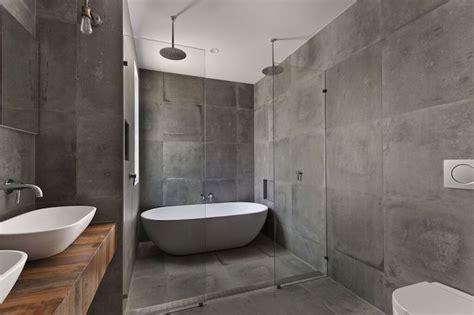 Badezimmer Fliesen Pflegen by Badfliesen Tipps Und Hinweise Bevor Sie Mit Der
