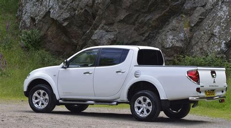 mitsubishi barbarian mitsubishi l200 barbarian 4x4 2014 review by car magazine