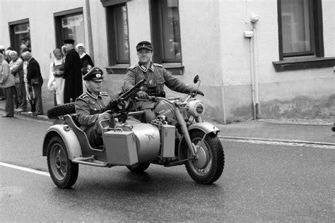 Motorrad Beiwagen Bilder by Motorrad Mit Beiwagen Foto Bild Autos Zweir 228 Der