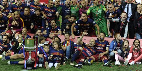 football barcelone gagne sa 28 232 me coupe du roi une